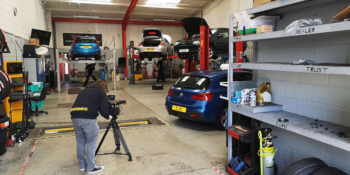 Garages in Warrington